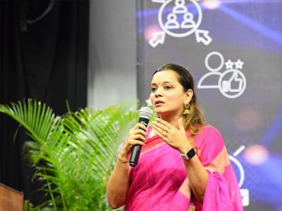 Ms Darshana Shah